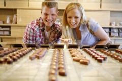 Chocolate tasting with boat & city tour