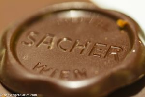 Sacher cake deco top